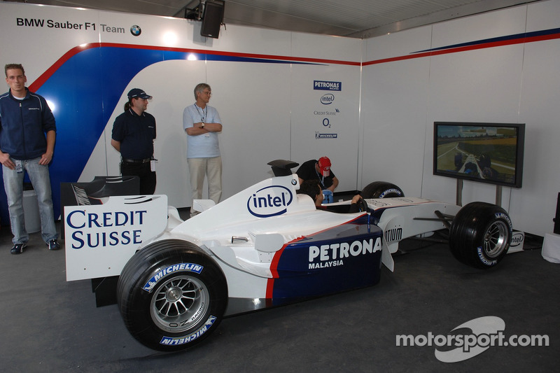 Visit Of Bmw Sauber F1 Team Pitlane Park Race Car Simulator At