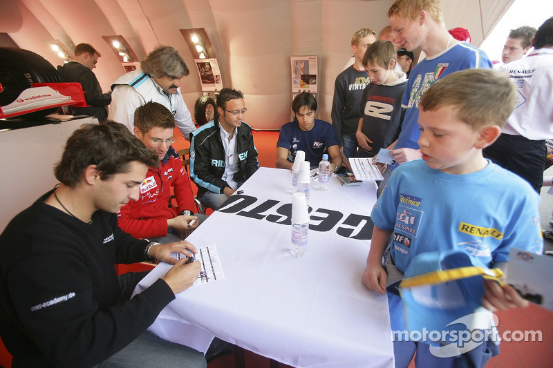 Timo Glock, Michael Ammermuller, Andreas Zuber et Nelson A. Piquet