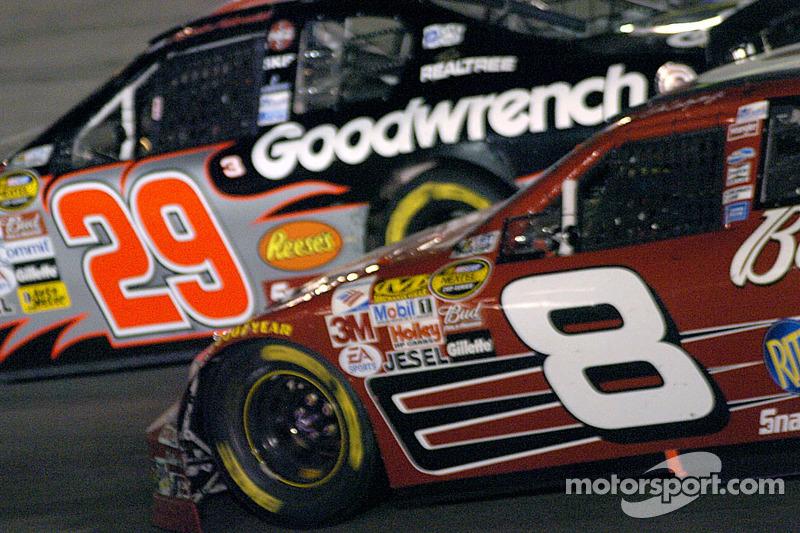 Dale Earnhardt Jr. Rattrape  Kevin Harvick