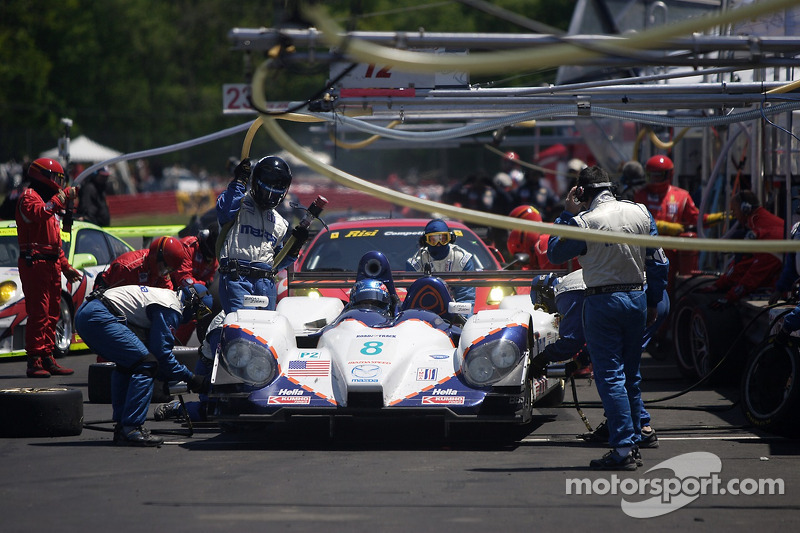 Pitstop for #8 B-K Motorsports Courage C65 Mazda: James Bach, Guy Cosmo