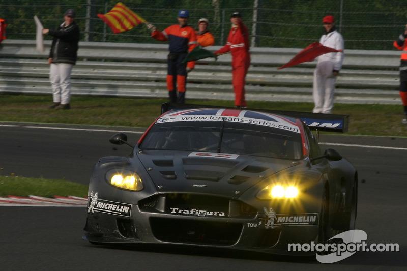 Le tour d'honneur - #62 Cirtek Motorsport Aston Martin DBR9: Peter Hardman, Christian Vann
