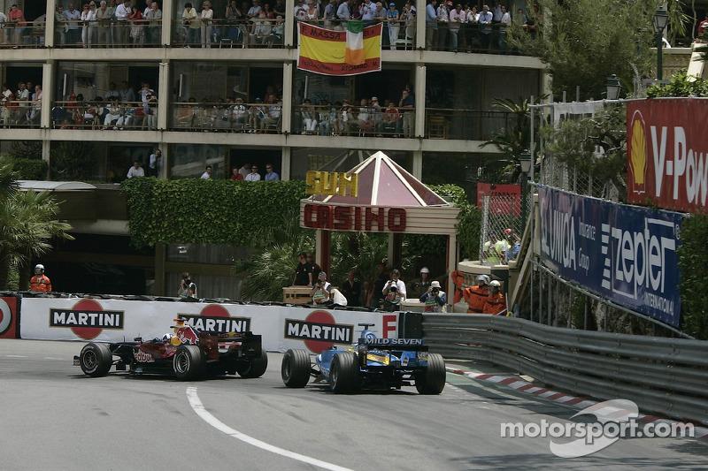 David Coulthard delante de Giancarlo Fisichella