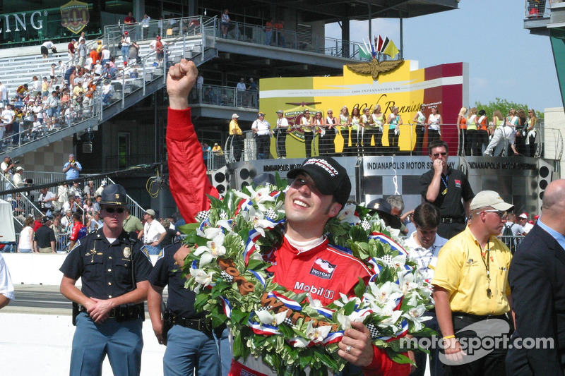 Sam Hornish Jr. Fête sa victoire