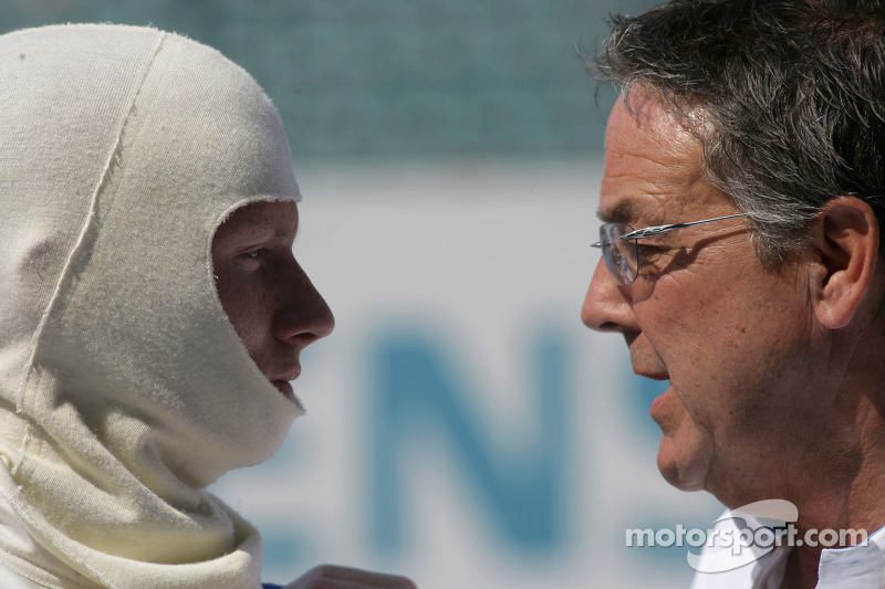 Mike Conway et David Price
