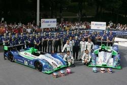 Emmanuel Collard, Erik Comas, Nicolas Minassian, Éric Hélary, Franck Montagny, Sébastien Loeb, and the Pescarolo Sport Pescarolo Team pose with the Pescarolo Sport Pescarolo C60 Judd