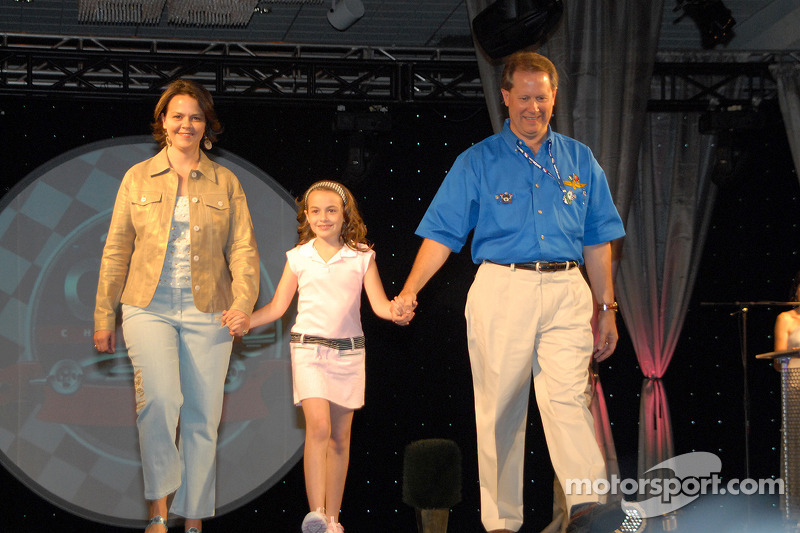 Nicole, Madison et Mike King