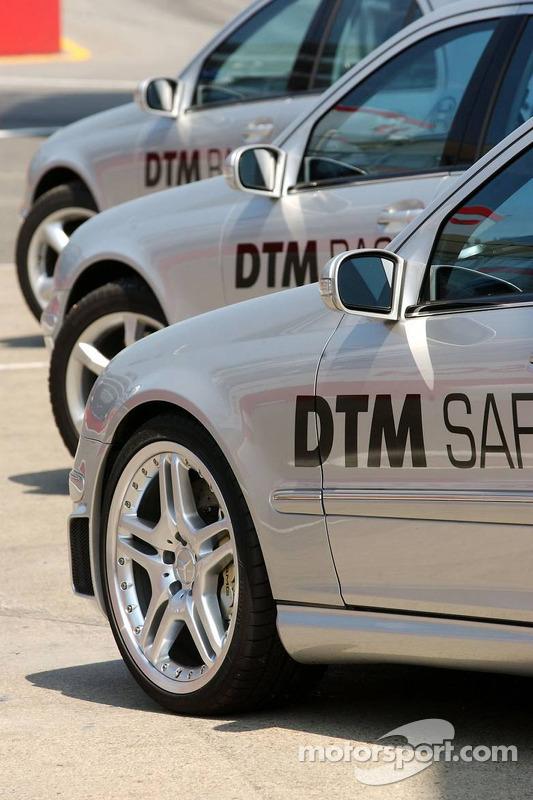 Des voitures de sécurité du DTM