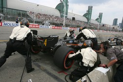 Pitstop for Nelson Philippe