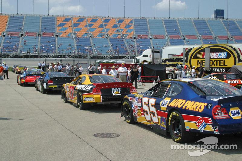 Les voitures de la Cup sont prêtes pour la séance