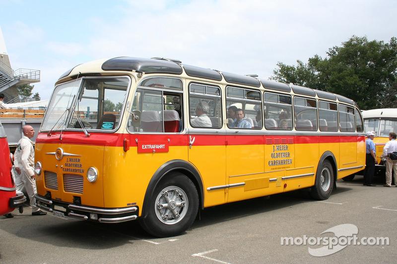 Vieux bus swisse