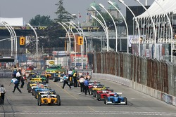 Starting grid waits for the start