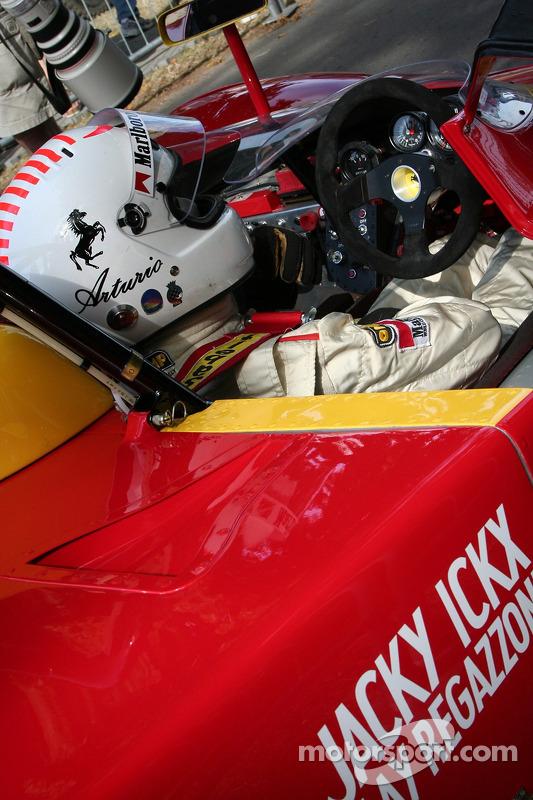 Arturo Merzario en Ferrari 312p