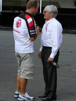 Bernie Ecclestone and Rubens Barrichello