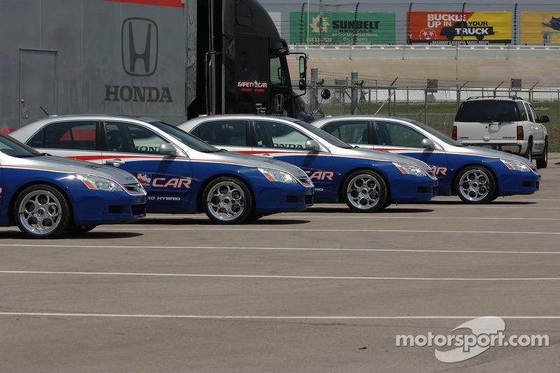 Des voitures de Honda Accord Hybrid