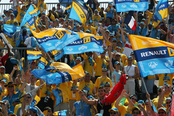 Des fans Renault dans les tribunes