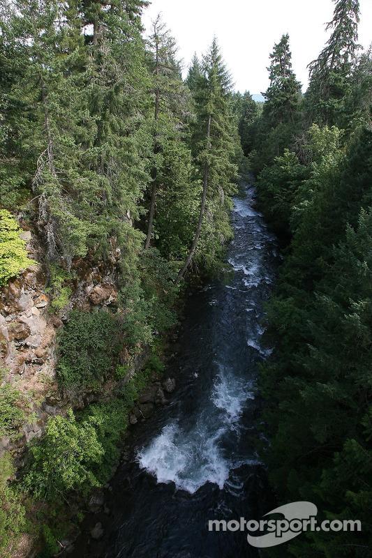 Une vue de la rivière White Salmon