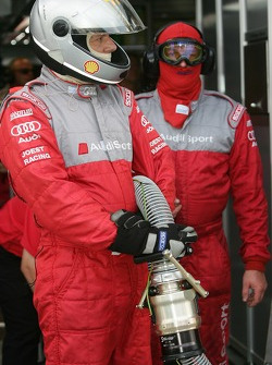 Audi Sport Team Joest team members ready for a pitstop