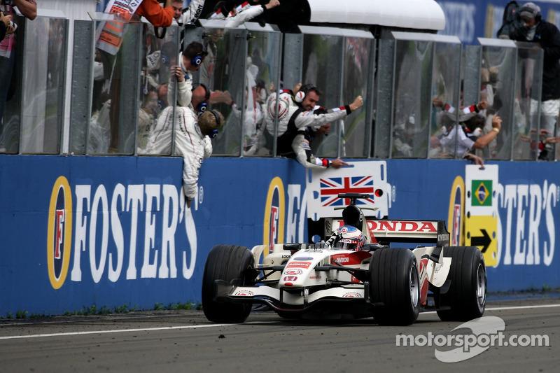 Jenson Button: 1 galibiyet