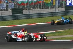 Crash damaged car of Ralf Schumacher