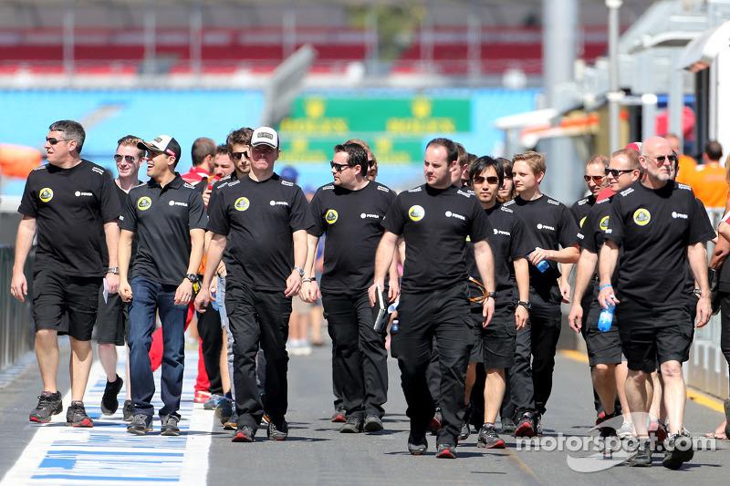 Pastor Maldonado, Lotus F1 Team, Alan Permane, Lotus F1 Team Trackside Operations