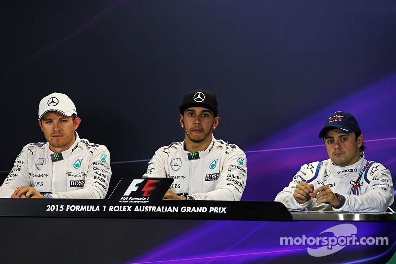 Konferensi Pers FIA tiga besar kualifikasi: peringkat kedua Nico Rosberg, Mercedes AMG F1, Pole winn