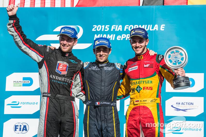 Podium: race winner Nicolas Prost, second place Scott Speed, third place Daniel Abt