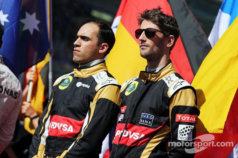 (da sinistra a destra): Pastor Maldonado, Lotus F1 Team e il compadno di squadra Romain Grosjean, Lo