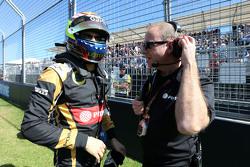 باستور مالدونادو، لوتس أف1 ومارك سلايد مهندس سباقات لوتس أف1