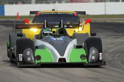 #16 BAR1 Motorsports Oreca FLM09: Марк Драмграйт, Девід Ченг, Томі Дріссі, Мартін Плоумен