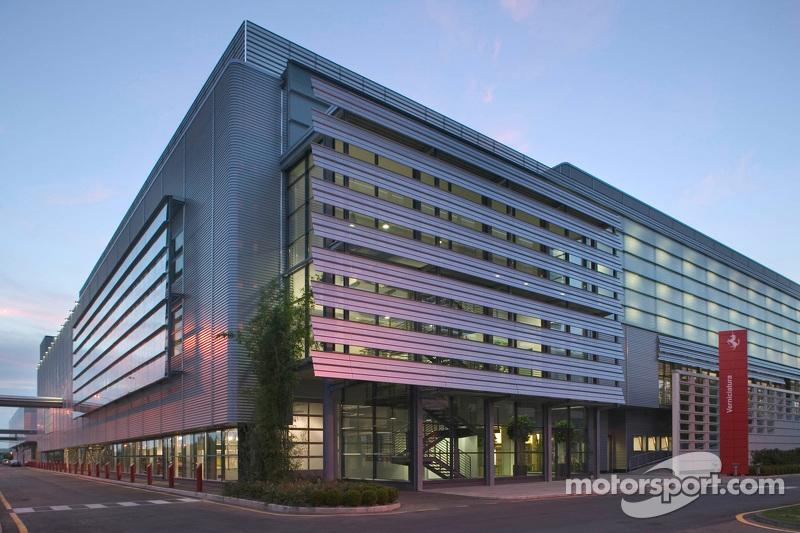 Sebuah bangunan di kompleks pabrik Ferrari