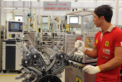 Ein Ferrari-Arbeiter