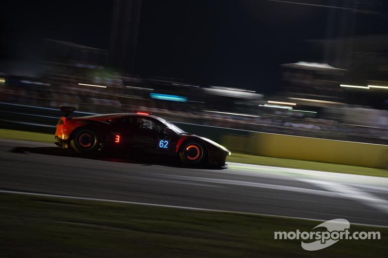 #62 Risi Competizione Ferrari F458: П'єр Каффер, Андреа Бертоліні, Джанкарло Фізікелла
