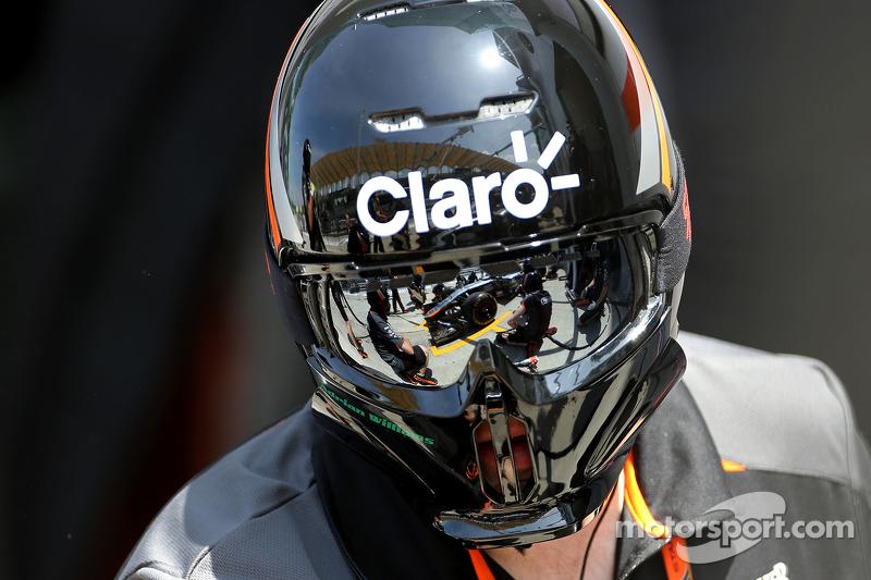 Sahara Force India Formula One Team mechanic