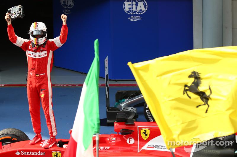 2015: Vettel'in Ferrari ile ilk zaferi