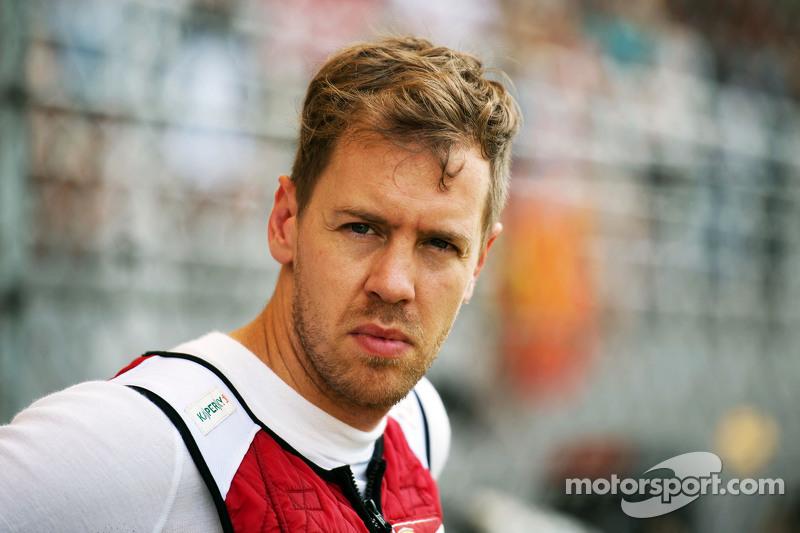 Sebastian Vettel, Ferrari en la parrila