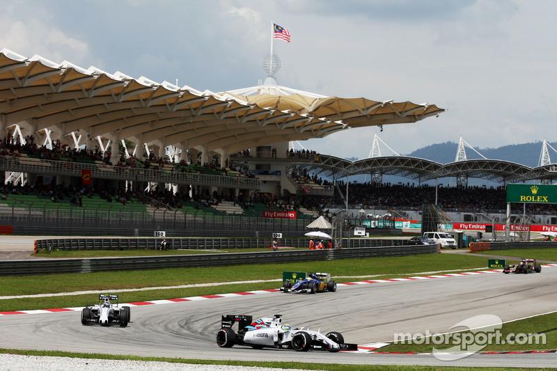 Felipe Massa, Williams FW37 con Valtteri Bottas, Williams FW37