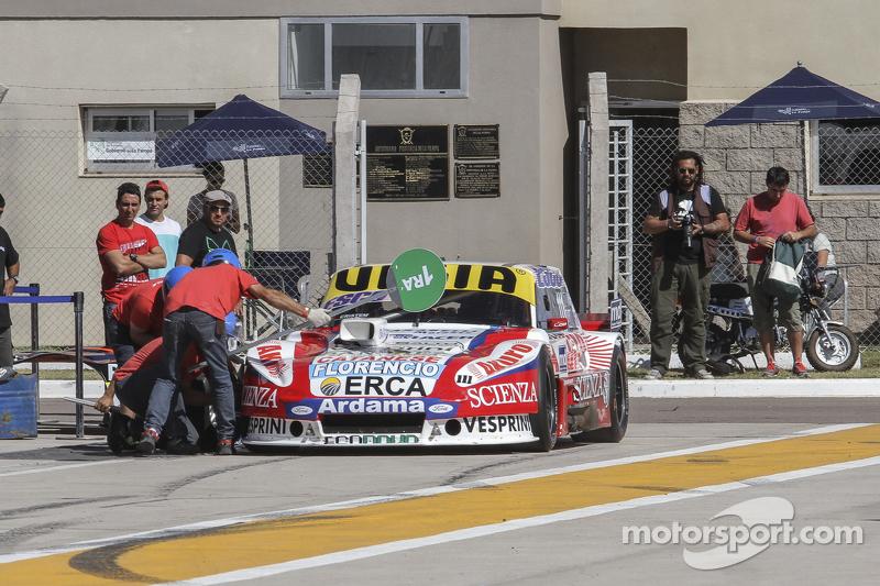 Juan Manuel Silva, Catalan Magni Motorsport Ford Tyre change testing