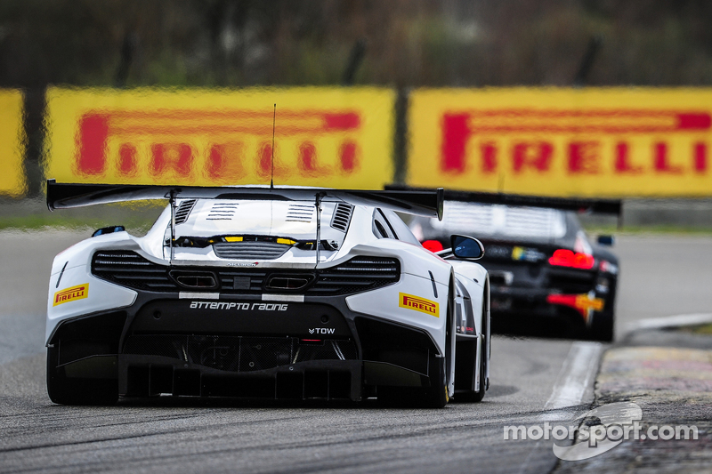 #54 Attempto Racing,迈凯伦650S GT3: Philipp Wlazik, Yoshiharu Mori