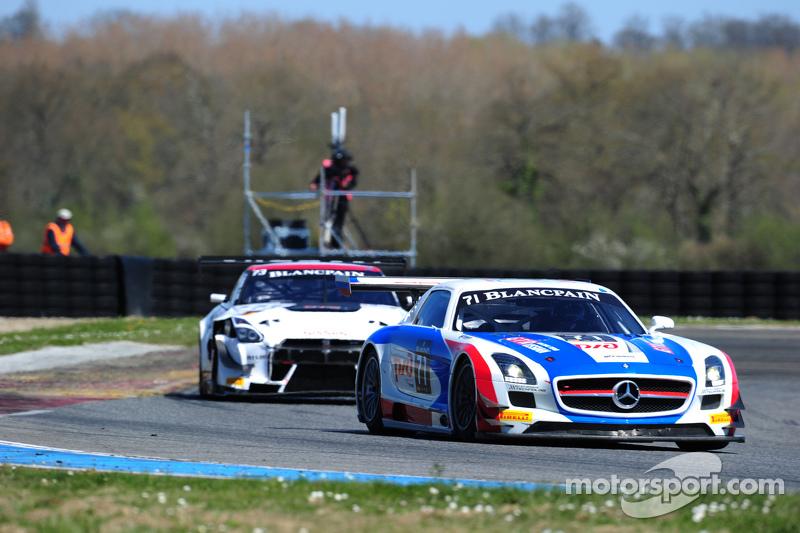 #71 GT Russian Team Mercedes SLS AMG GT3: Alexei Vesiliev, Christophe Bouchut