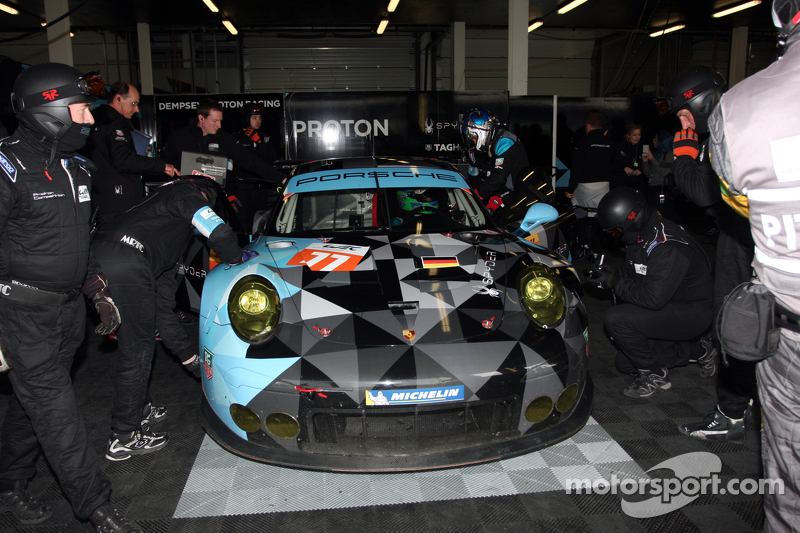 #77 Dempsey Proton Racing,保时捷911 RSR: PatrickDempsey, Patrick Long, Marco Seefried