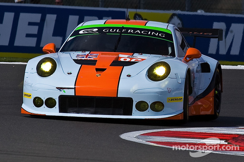 #86 海湾车队,英国,保时捷911 RSR: Michael Wainwright, Adam Carroll, Phil Keen