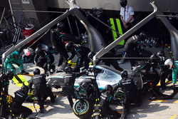 Nico Rosberg, Mercedes AMG F1 W06 faz pit stop