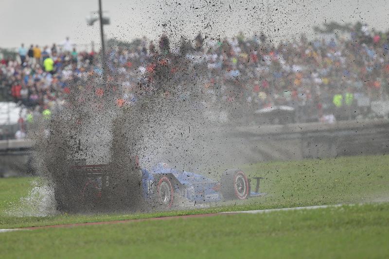 Tony Kanaan, Chip Ganassi Racing Chevrolet melintir