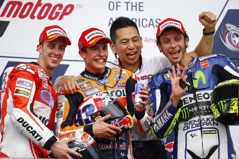 Podio: 1º Marc Márquez, 2º Andrea Dovizioso, 3º Valentino Rossi