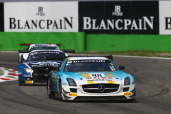 #98 Rowe Mercedes SLS AMG GT3 Astana Takımı: Nicolai Sylvest, Indy Dontje, Daniel Juncadella