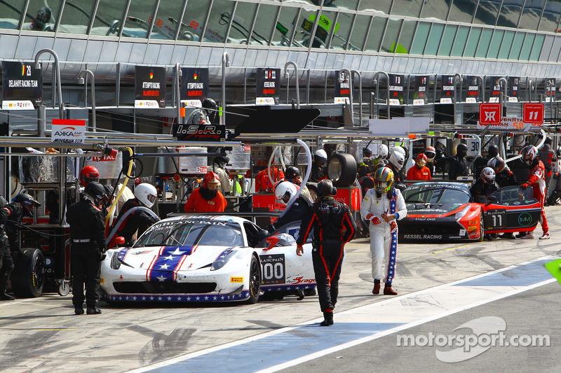 #100 DragonSpeed Ferrari 458 Italia: Henrik Hedman, Elton Julian, Thomas Kemenater