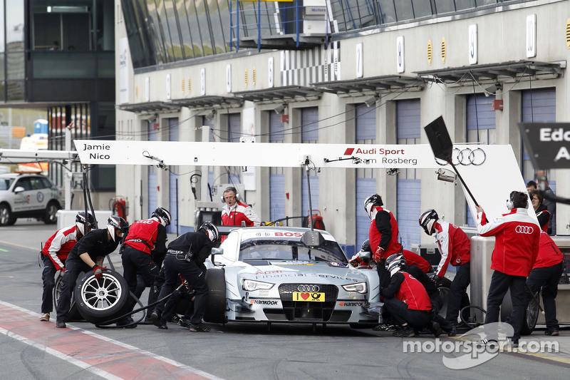 Nico Müller进站,奥迪赛车队Rosberg,奥迪 RS 5 DTM