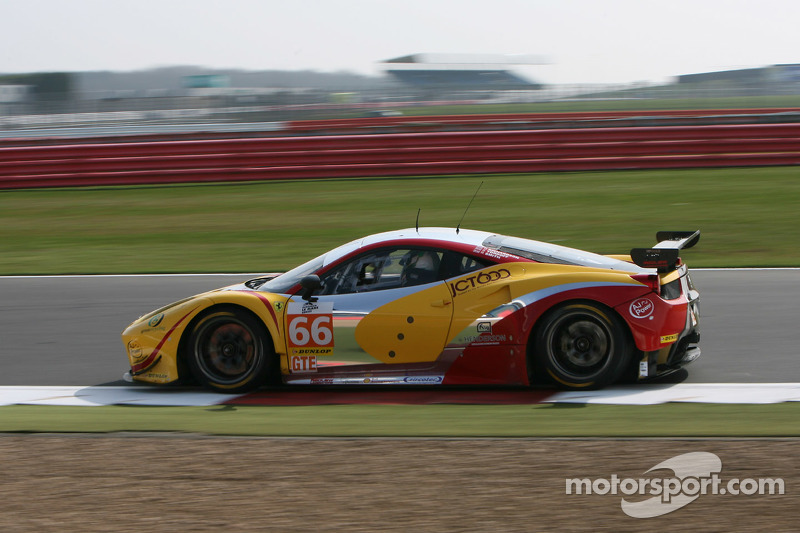 #66 JMW Motorsport, Ferrari F458 Italia: George Richardson, Robert Smith, Sam Tordoff