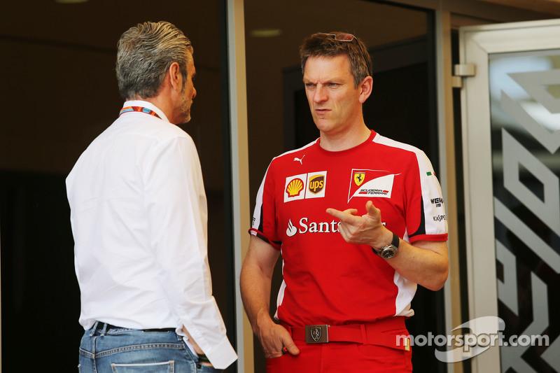 (Kiri ke Kanan): Maurizio Arrivabene, Ferrari Team Principal dengan James Allison, Ferrari Chassis T