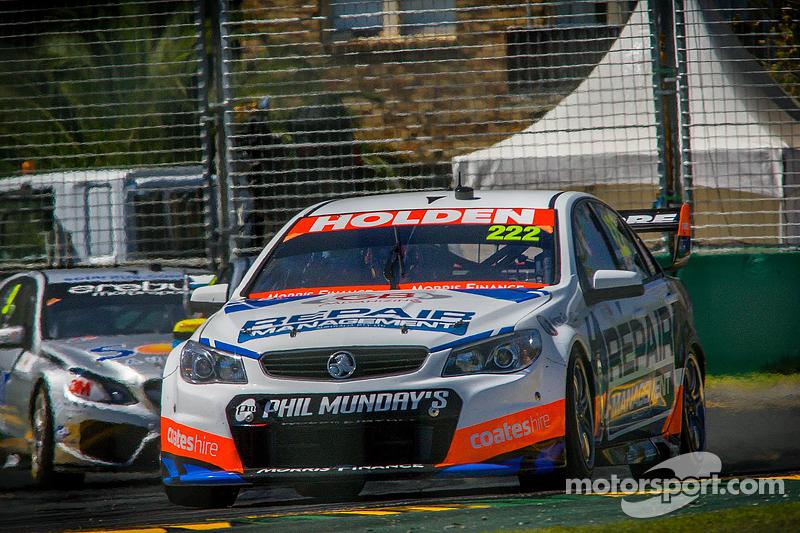 Нік Перкет, Lucas Dumbrell Motorsport